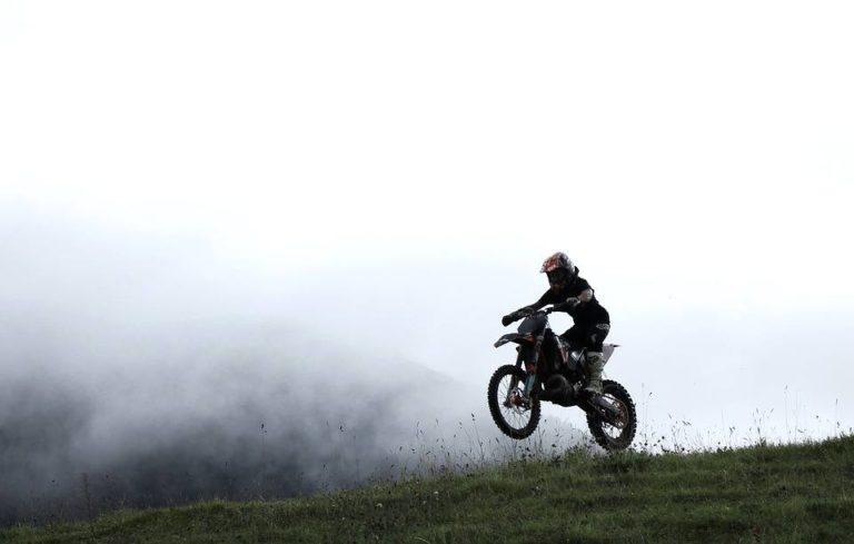 Best Dirt Bike Air Filter Oils & Maintenance Tips