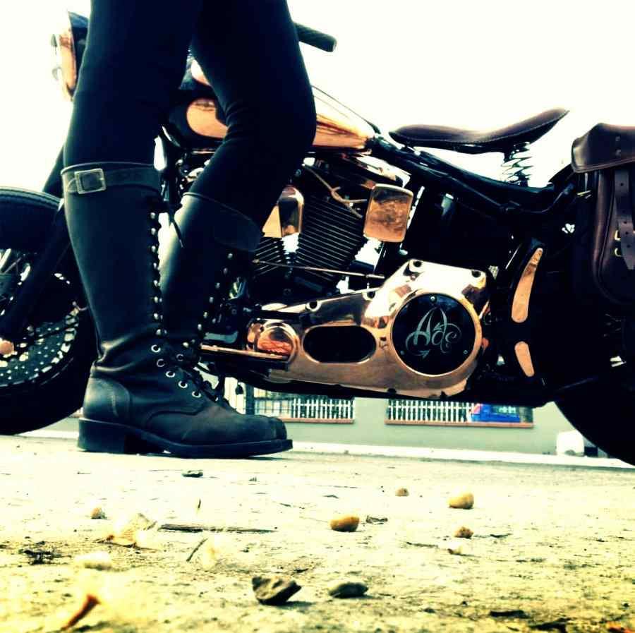 womens black biker boots