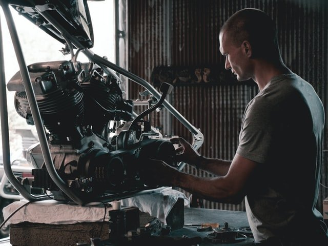how much does it cost to build a motorcycle