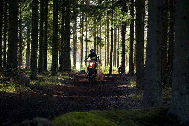Best Dirt Bike Handlebars For Tall Riders 6'+