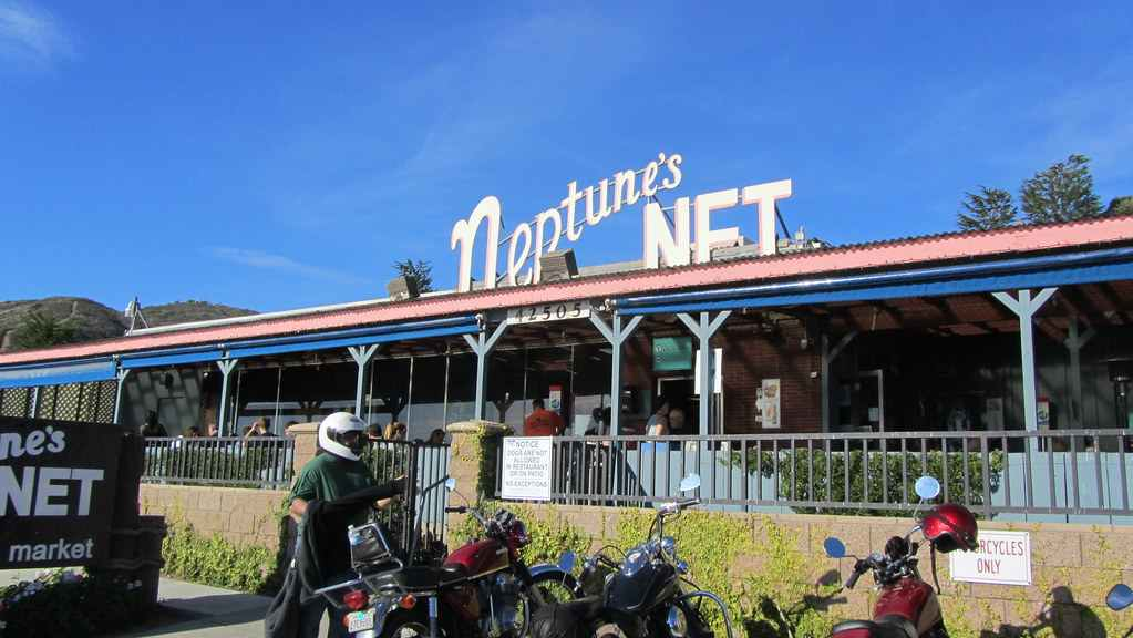 Motorcycle ride in California - Pit stop at neptunes net