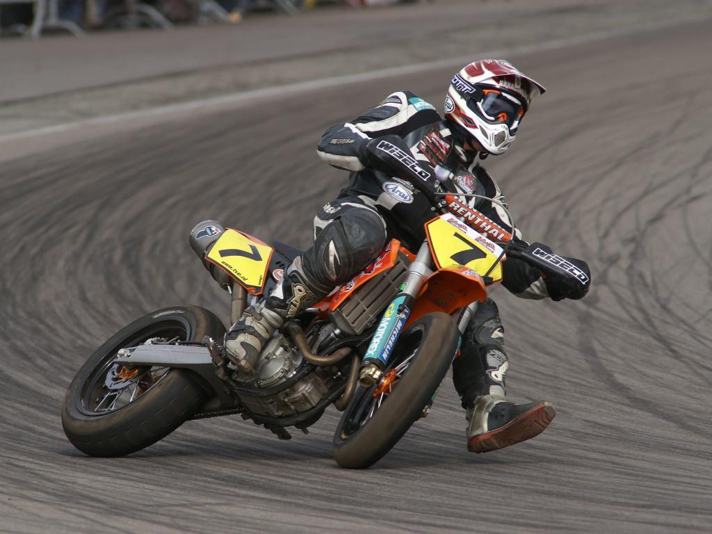 Supermoto dirt bike