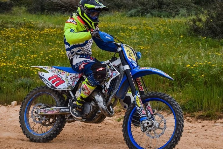 #Answered – Are Motocross Helmets Road Legal?
