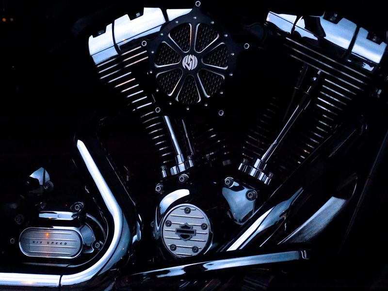 Best Motorcycle Chrome Polish and Chrome Cleaner